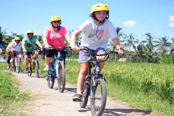 bali cycling tubing